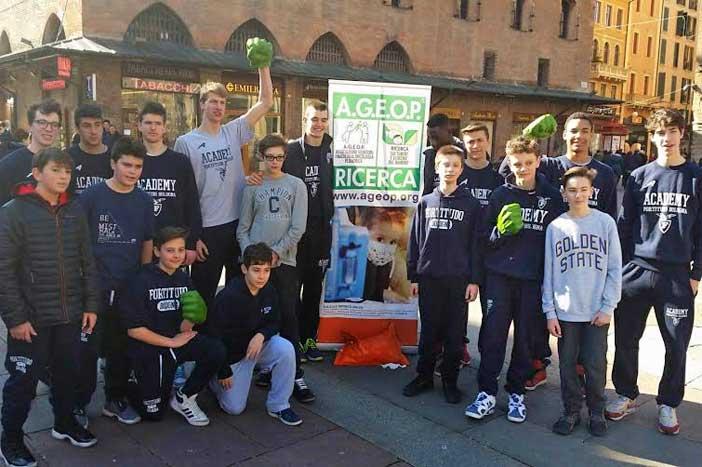 Academy 103 a sostegno di Ageop in Piazza Maggiore