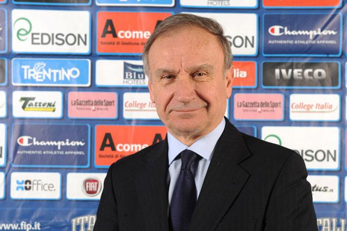 A Bologna il presidente Giovanni Petrucci incontra una delegazione delle tifoserie organizzate