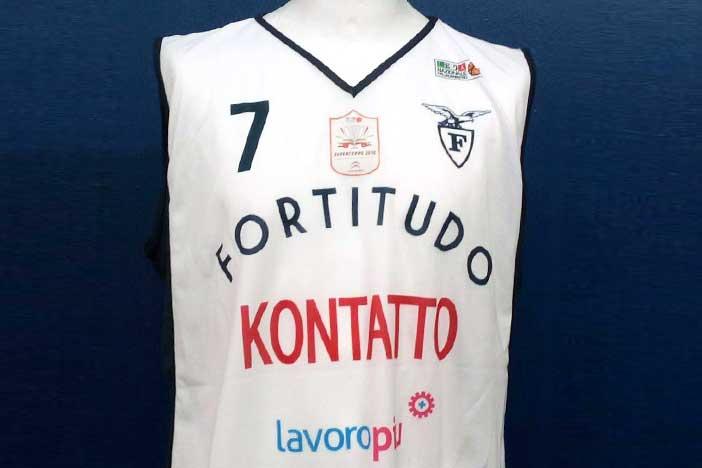 Fortitudo, iniziata l'asta on line per aggiudicarsi le maglie della Supercoppa!