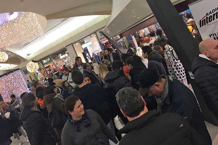 Temporary Store Fortitudo Point, più di 500 tifosi all'inaugurazione