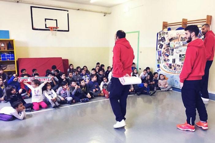 Maggioli e Tassinari alla scuola di Ponticelli