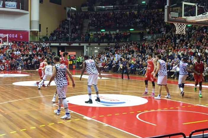 A Trieste la Fortitudo cede nel finale