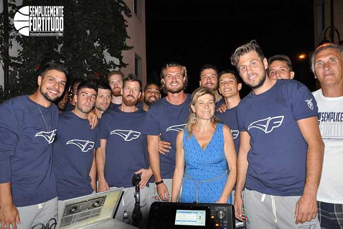 Fortitudo, la festa coi tifosi a Lizzano