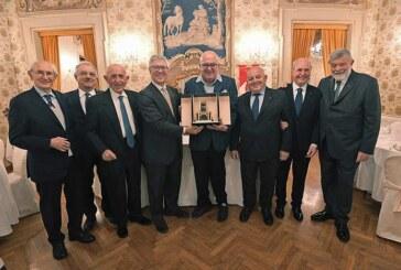 """Virtus, Alberto Bucci premiato con la """"Torre di Maratona"""""""