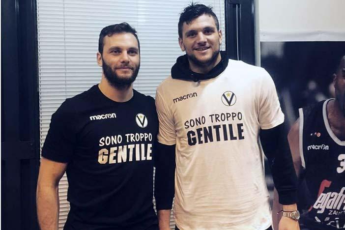 Virtus, disponibili le t-shirt dei fratelli Gentile. Parte del ricavato in solidarietà
