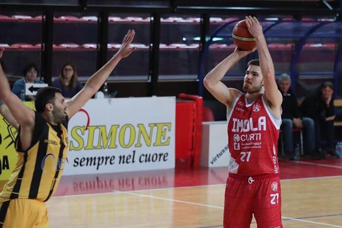 Piacenza batte l'Andrea Costa Imola
