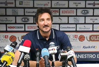 Fortitudo, la conferenza stampa di Pozzecco post match Mantova