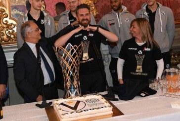 Virtus, ecco la tshirt celebrativa della Coppa BCL