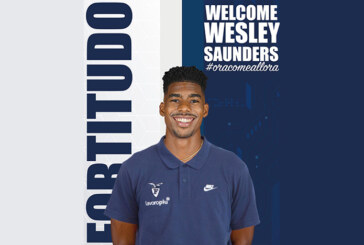 Fortitudo, ufficiale Wesley Saunders