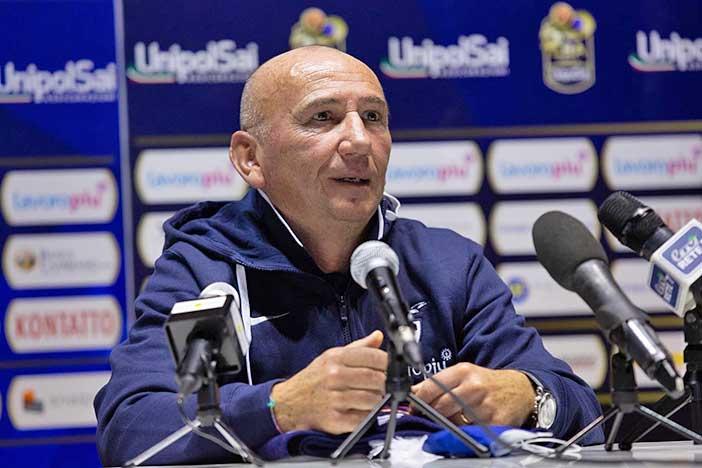 Fortitudo, coach Luca Dalmonte <br>post match Cantù
