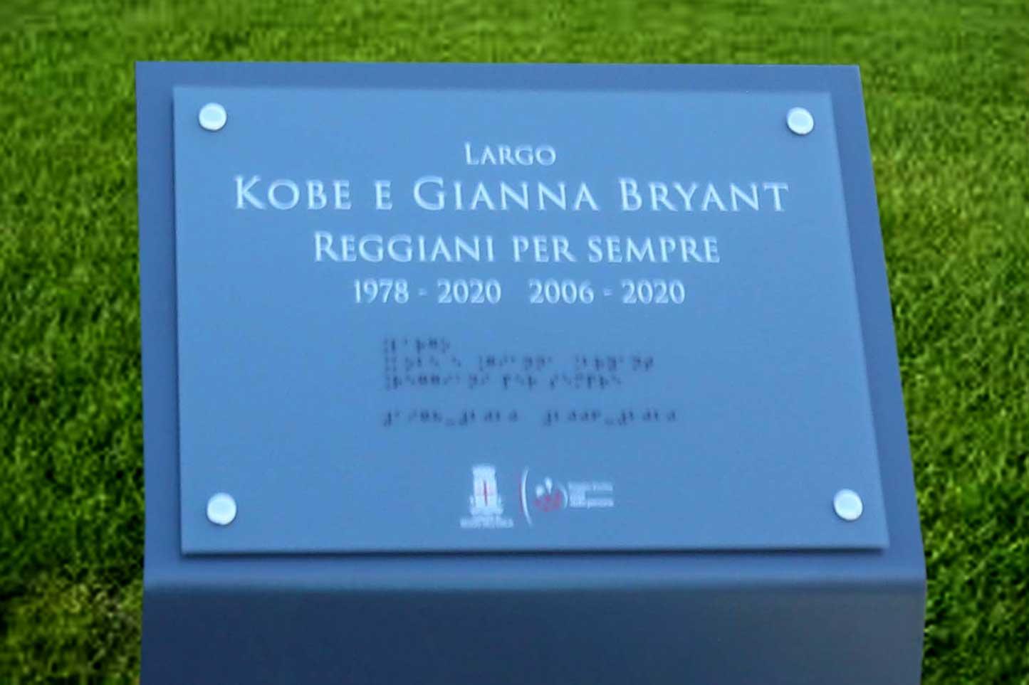 """A Reggio Emilia inaugurato """"Largo Kobe e Gianna Bryant"""""""