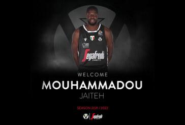Virtus, Mouhammadou Jaiteh <br>saluta i tifosi bianconeri