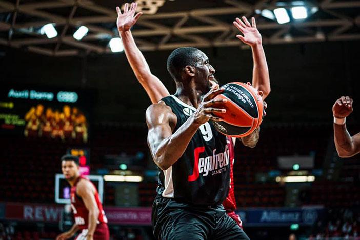 Aquila Basket Trento-Virtus Bologna <br> Scariolo, Belinelli e Abass pre match
