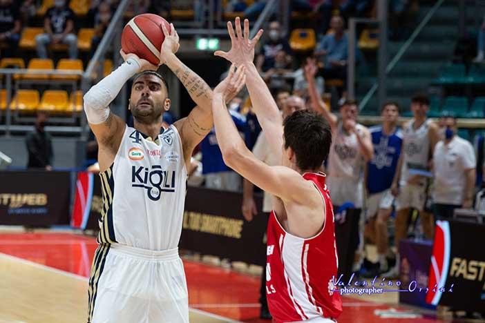 Fortitudo, contro Pesaro arriva la prima vittoria